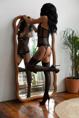 Marie-anny adult dating in Claremont CA and outcall escort