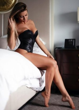 Beya escort girl in La Crescenta-Montrose CA