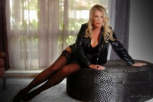 Lutricia independent escort in North Auburn CA
